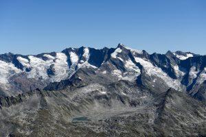 Dreiherrenspitze mit Krimmler Kees gesehen von der Zillerplattenspitze