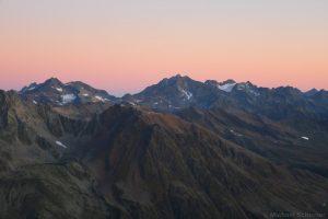 Puitkogel und Hohe Geige vor Sonnenaufgang