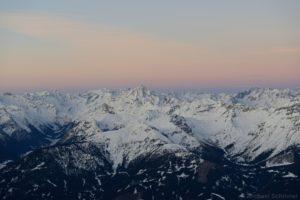 Stubaier Alpen vor Sonnenaufgang