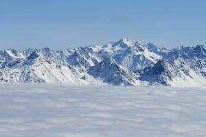 Wildspitze bei Hochnebel