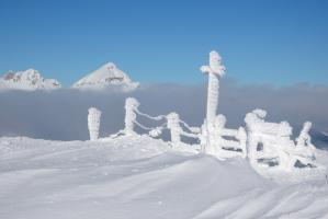 Stubaier Alpen bei Hochnebel
