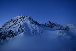 Ampferstein, Marchreisenspitze und Malgrubenspitze bei Nacht